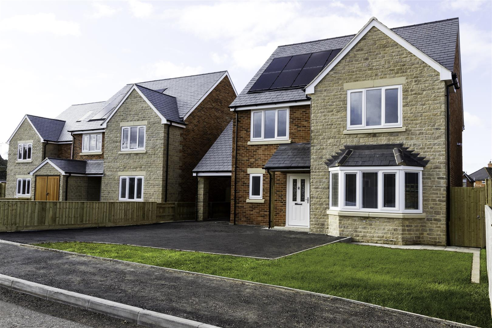 5 Bedrooms Detached House for sale in Witts Lane, Purton, Swindon